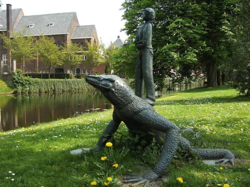 I love Reptile   Public Sculptures by Simona Vergani