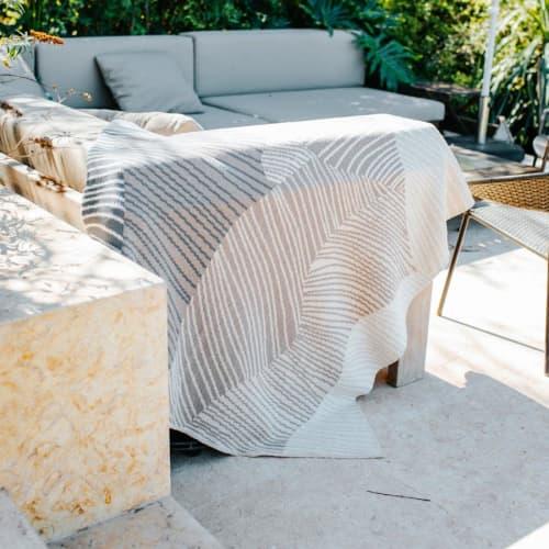 Linens & Bedding by Jill Malek Wallpaper - Reef Throw   Flax/hemp