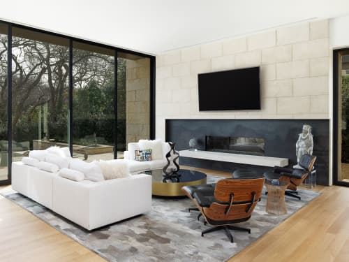 Couches & Sofas by Scott + Cooner seen at Private Residence, Dallas, Dallas - Couches & Sofas