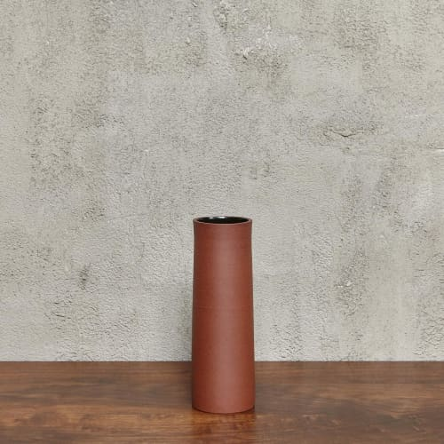 Vases & Vessels by Luke Eastop seen at Blue Mountain School, London - Red Medium Quadric Vessel