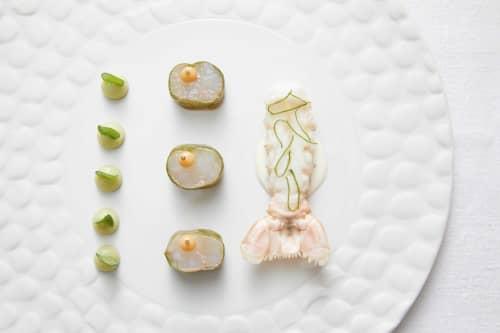 Texture plate Crocodilo | Ceramic Plates by Mieke Cuppen | Les Semailles - Restaurant Gastronomique Strasbourg La Wantzenau in La Wantzenau
