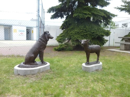 Babysitter, The | Public Sculptures by Don Begg / Studio West Bronze Foundry & Art Gallery