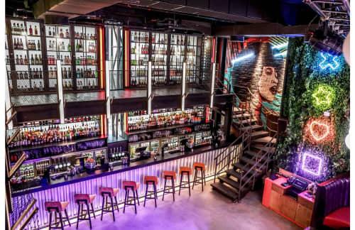 Interior Design by YamJam Creative at Lucky Voice Dubai, Dubai - Interior Design