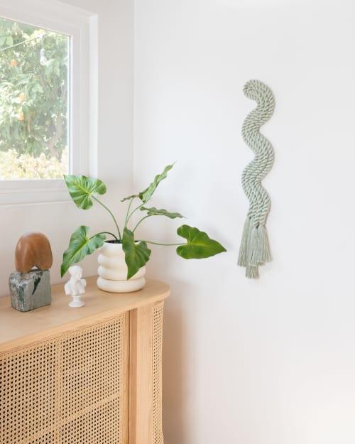 Sculptures by Cindy Hsu Zell - Vertical Rope Squiggle (Sage)