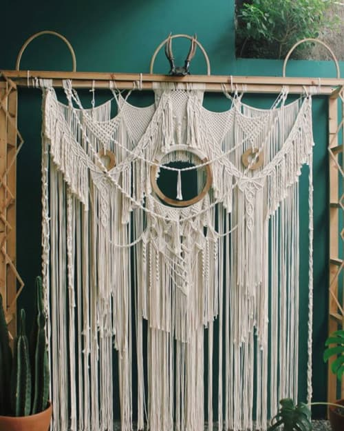 Macrame Wall Hanging by Agnes Hansella seen at Private Residence, Jakarta - BACKDROP