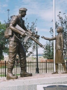 Peacekeepers Memorial | Public Sculptures by Don Begg / Studio West Bronze Foundry & Art Gallery