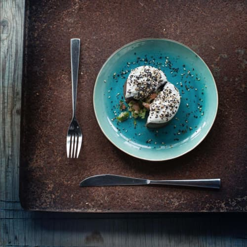 Gastro Plate Seablue medium | Ceramic Plates by Mieke Cuppen | Bistrobar Berlin in Nijmegen