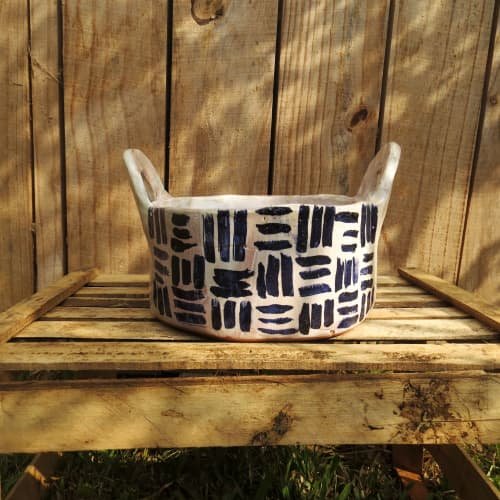 Tableware by Di Campagna seen at Private Residence, Salto - Bowl with handles