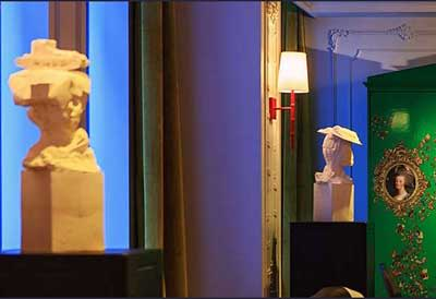 Tank Girl and Bookworm   Sculptures by Kathy Dalwood   Kimpton Hotel Monaco Pittsburgh in Pittsburgh