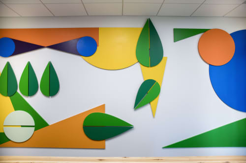 Murals by ANTLRE - Hannah Sitzer seen at Google RWC SEA6, Redwood City - Dimensional Leaves