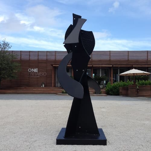 Sculptures by David Hayes seen at One Paraiso Residences, Miami - Vertical Motif number 22