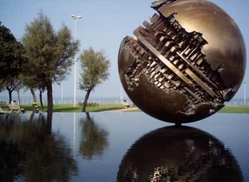Arnaldo Pomodoro - Sculptures and Art