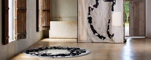 Odabashian (official) - Rugs and Rugs & Textiles