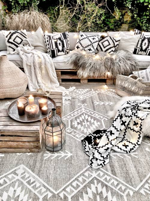 Rich Class Decor - Rugs and Rugs & Textiles