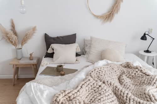 WolletjeBol - Linens & Bedding and Rugs & Textiles