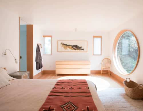 Medium Plenty - Interior Design and Renovation
