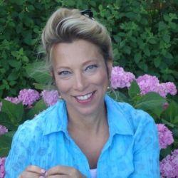 Ellen Blakely