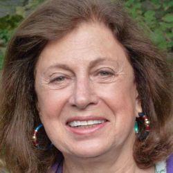 Carole Eisner