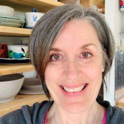 Linda Peterson | Mud 'n Biscuits Ceramics