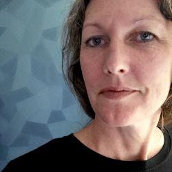 Kimberly Tschida Petters