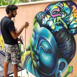 Airbrush Hero by Avi Ram