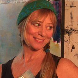 Laurie DeVault Fine Art