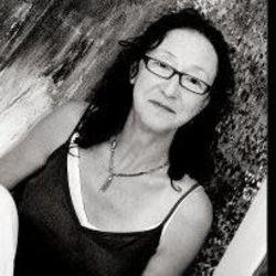 Arlene Amaler-Raviv
