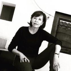 Yvonne Domenge
